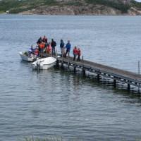 Resten av gänget anländer, Mikael och Felicia körde varsin båt och hämtade!